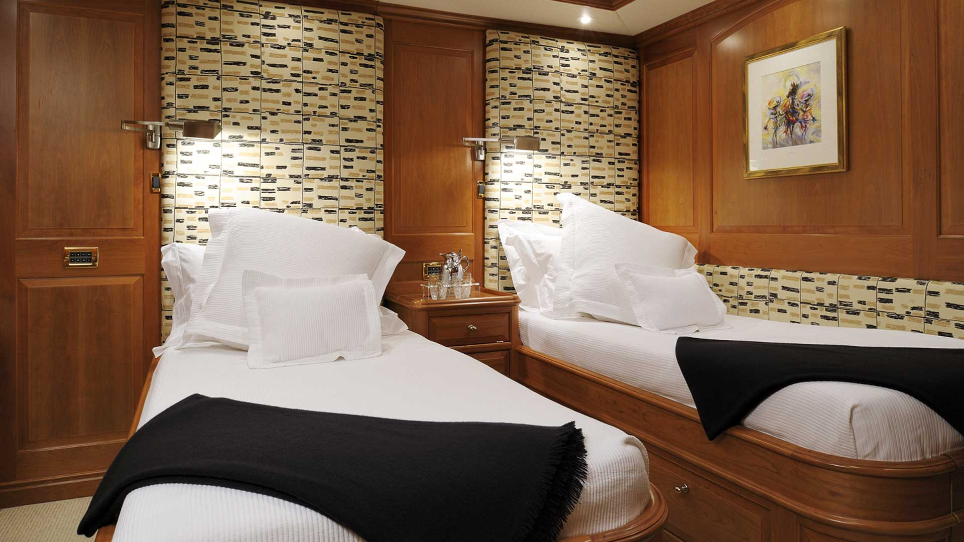 Guest Twin Cabin, Drumbeat Superyacht