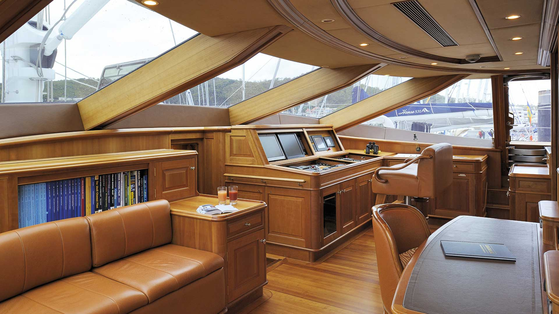 Interior Cockpit, Drumbeat Superyacht