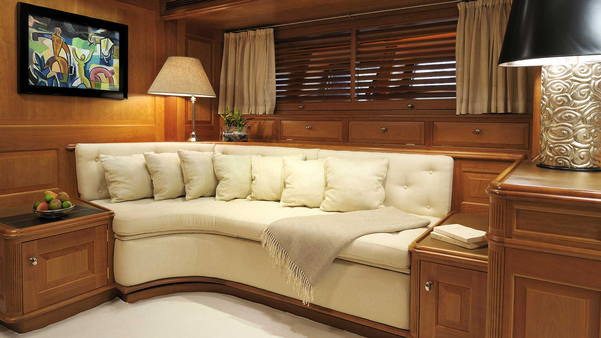Master Cabin Sitting area, Drumbeat Superyacht