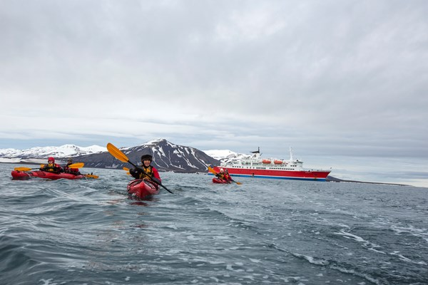 Arctic Sea Kayaking  | © G Expedition