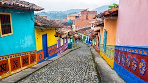 Colonial Streets, Colombia