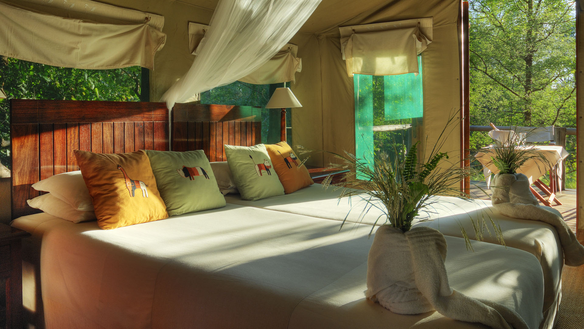 Bedroom interior, Camp Moremi