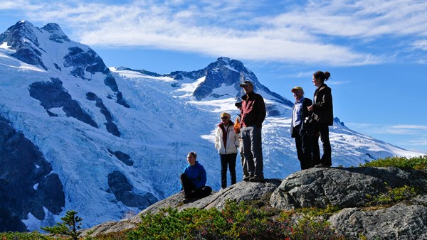 Hikers from Tweedsmuir Park Lodge, Canada, Mike Wigle